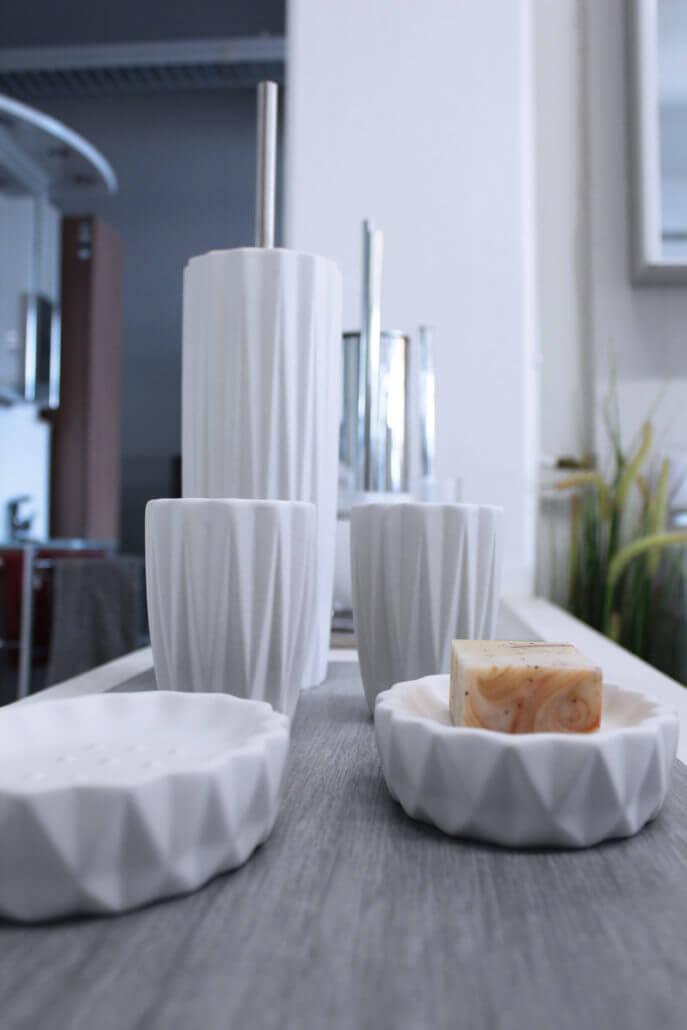 sanit r studio albbruck ausstellung komplettb der badm bel duschwannen uvm sanit rstudio. Black Bedroom Furniture Sets. Home Design Ideas